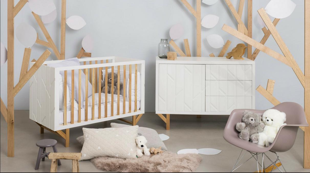 Papier Peint Chambre Mansardée petite chambre bébé et espace en sous-pente, comment l
